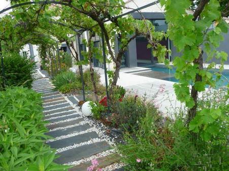 piscine design pergola rosiers